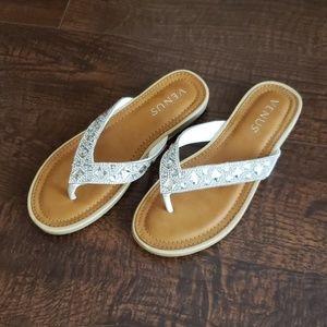 NWOT Venus sandals